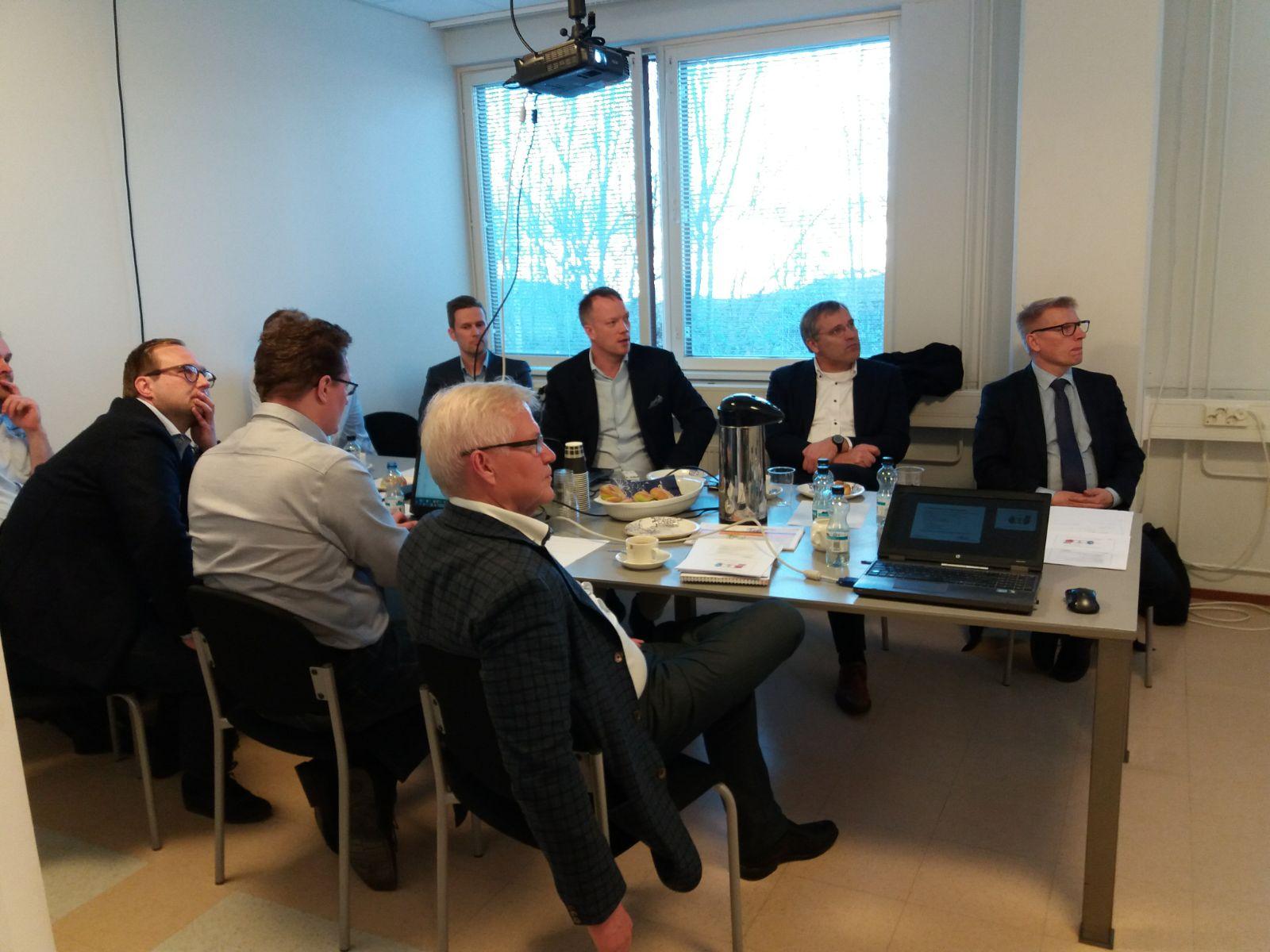 Ministeri Kimmo Tiilikaisen vierailu Tom Allen Senerassa
